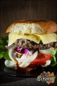 przepis na burgera wolowego ze zdjęciami