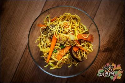 Smażone noodle z warzywami- przepis
